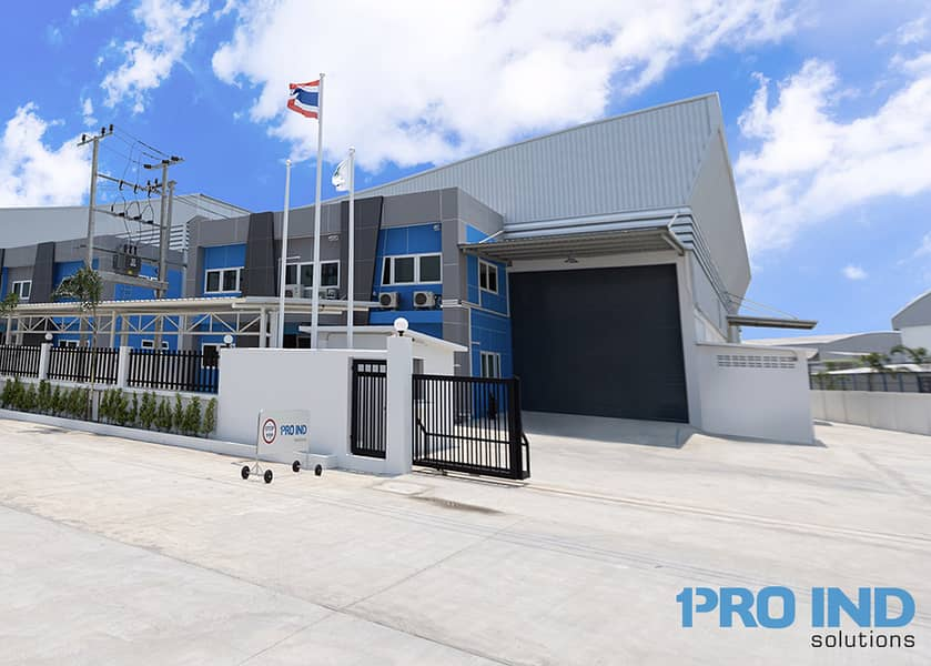 New premium factory and warehouse with office for rent size 1,165 sqm. Located near Bangna Trad road km. 23, Suvarnabhumi Airport, Bangplee Industrial Estate and the express way.