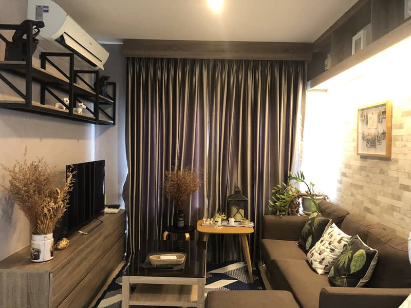 Aspire Ratchada-Wongsawang for sale: Fully furnished with homie style - 2 Bed 45 sqm spacious corner room.