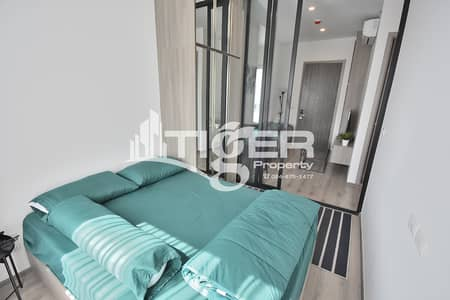 1 Bedroom Condo for Rent in Watthana, Bangkok - 1-bedroom / 1-bathroom unit for rent at Knightsbridge Prime Onnut, includes a 1x parking space