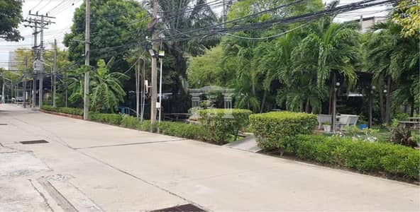 Land for Rent in Suan Luang, Bangkok - 39943 Land for rent Onnut 17/1, entrance 6 m. Suitable for building warehouses, houses.