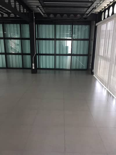Office for Sale in Huai Khwang, Bangkok - 39053 Office building for sale Ratchadaphisek Road, Plot size 55 square meters