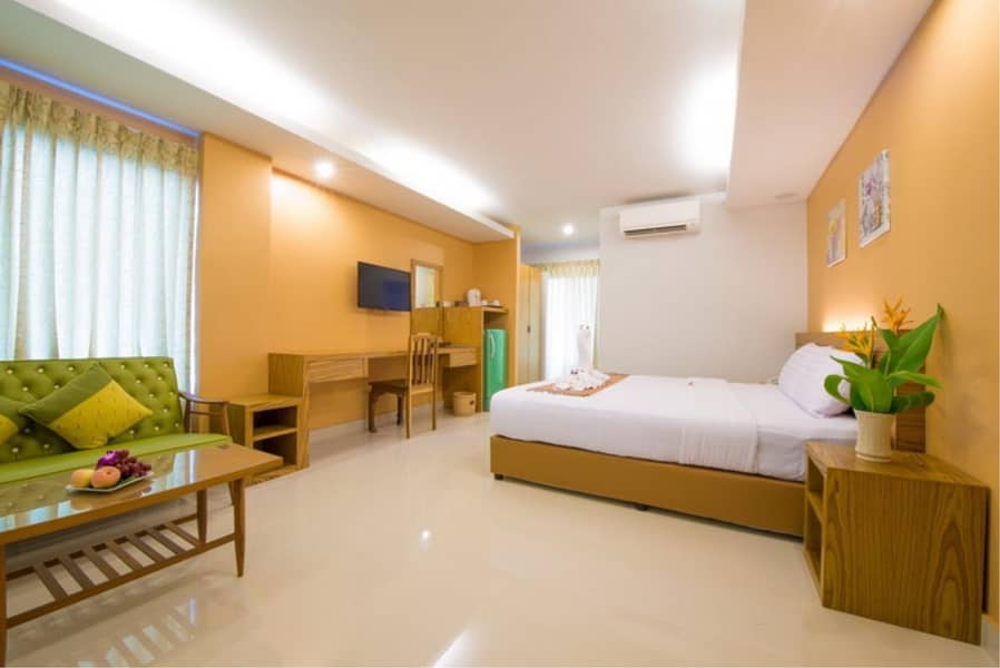 39528 - Hotel For Sale with Right of Redemption KAI-FAAK near Hua Hin beach, Plot size 220.50 sq. m.