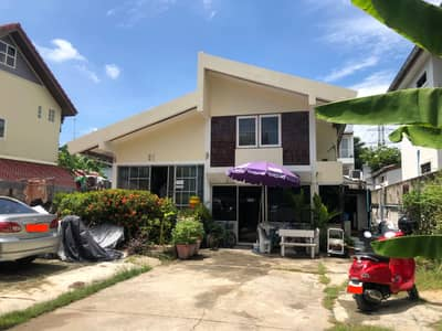 Land for Sale in Bang Sue, Bangkok - House for sale with land 100 sq m, 3 bedrooms, 3 bathrooms, Soi Prachachuen 33.