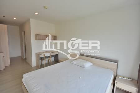 2 Bedroom Condo for Rent in Khlong Toei, Bangkok - 2-bedroom / 2-bathroom unit for rent at Aspire Sukhumvit 48, includes a balcony and 1x parking space