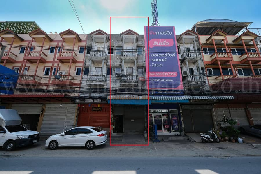 4-storey commercial building on the road Soi Weruwanaram Temple, Songprapa, Don Mueang