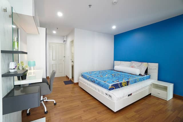 Condo for sale: Regent Home Bang Son, corner room, 57 sqm. , High floor, pool view, next to MRT Bang Son
