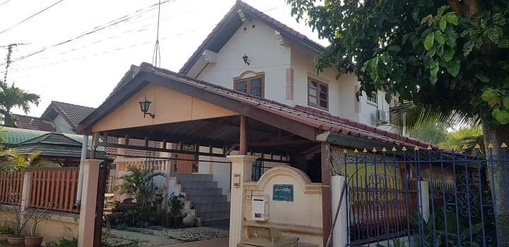 2 and a half storey house for sale, next to 4 lane road No. 226 Phimai-Hin Dat, the floor is 135 square meters inside the house.