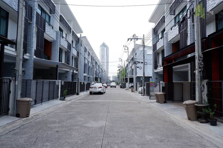 Plex Bangna Home office for RENT ( Property ID SPS P03 )