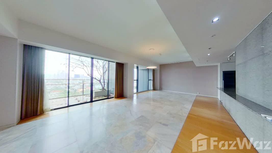3 Bedroom Condo for rent at The Met