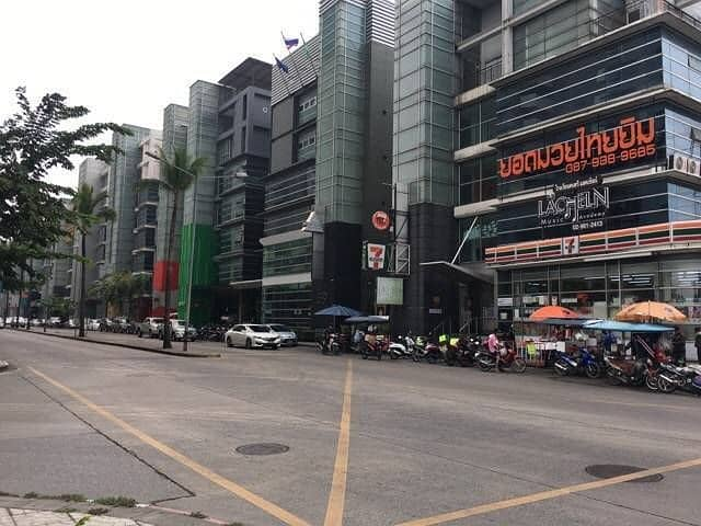 For rent, a 2-storey building, suitable for office, office and shop, usable area 85 sq m, Building 1, Riviera Lake View, Muang Thong Thani.