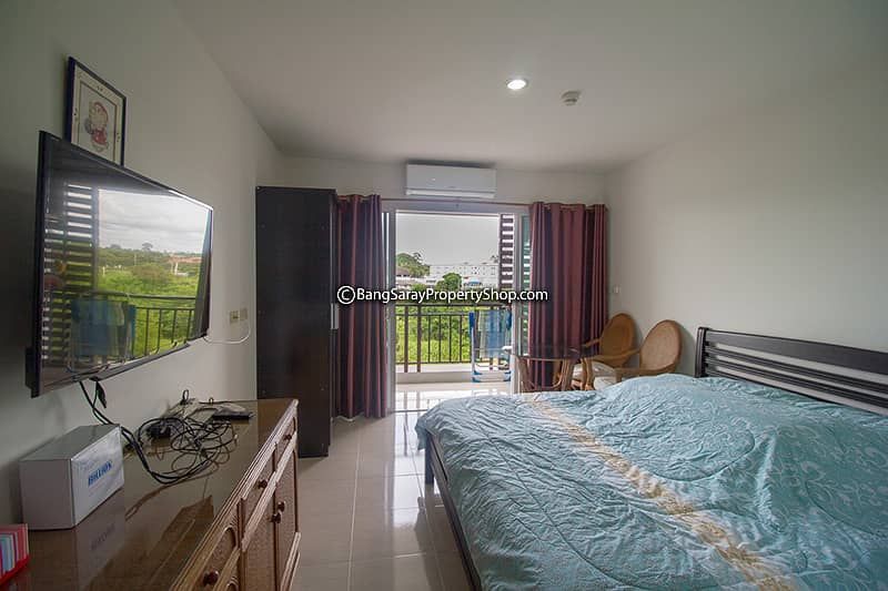 AD Condo Bangsaray for rent with furniture.