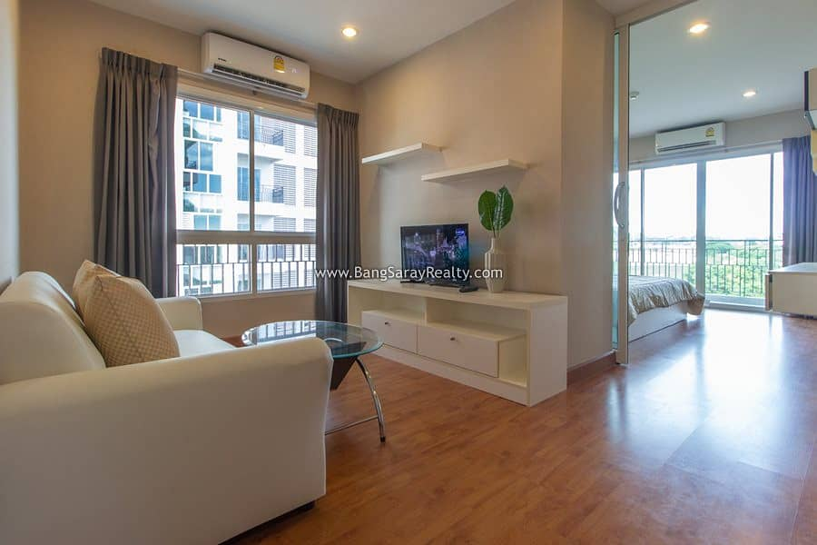 Condo for rent near Bang Saray beach 250 m. With furniture and appliances.