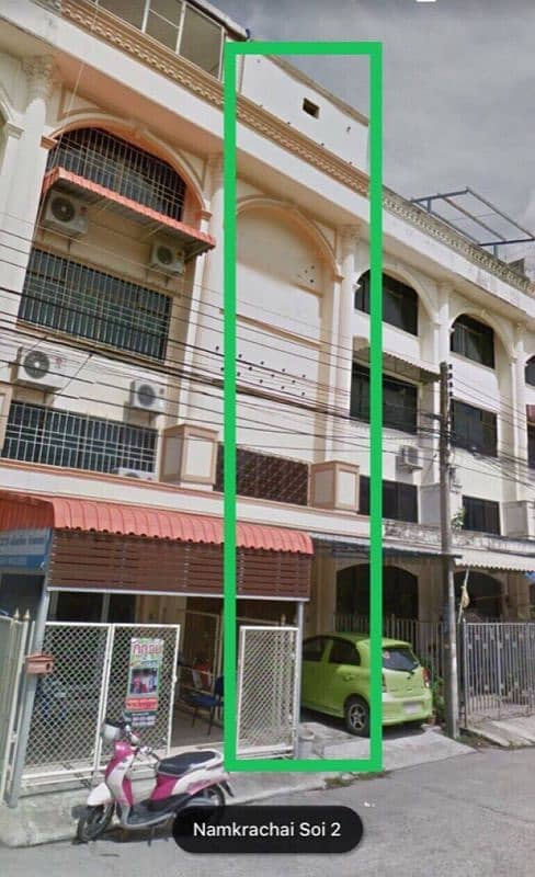3-storey townhome for sale and half five separate Koh Yo