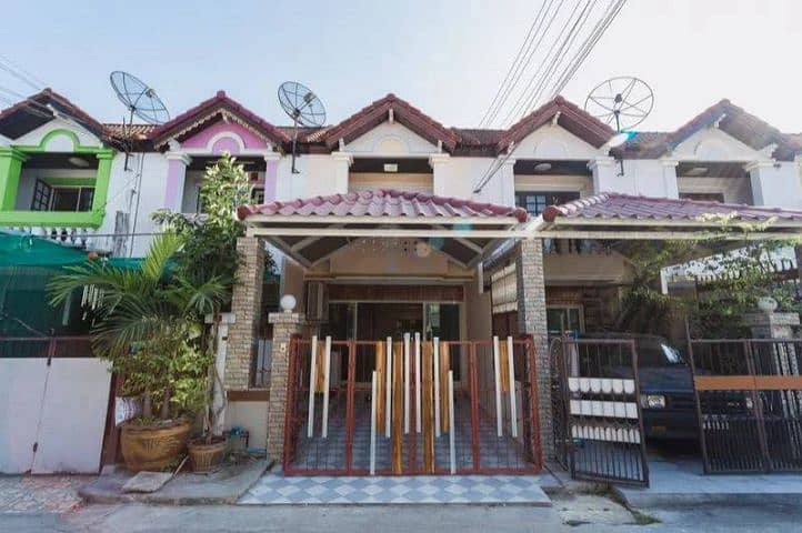 Beautiful townhouse for rent ready. Near Central Bangna