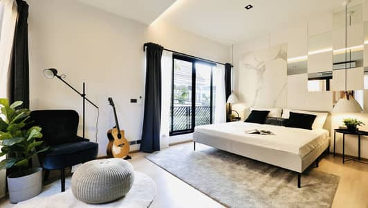 3 Bedroom Townhouse for Rent in Khlong Toei, Bangkok - Townhome For rent 3 bed 4 baths (225 sqm) on Sukhumvit soi 49 style Modern loft