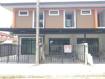 2 Bedroom Townhouse for Sale in Mueang Chiang Mai, Chiangmai - CG0394 - A house  for sale with 2 bedrooms,3 toilets and 1 kitchen.