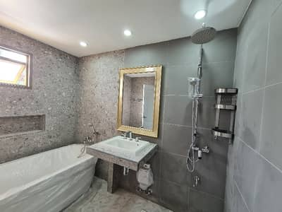 5 Bedroom Home for Sale in Chatuchak, Bangkok - House for sale, Ladprao 1, Soi Union Mall, 5 bedrooms, 5 bathrooms, 3 rest rooms, 1 kitchen, 1 office room, 4 parking spaces, a new house, 280 sqm.