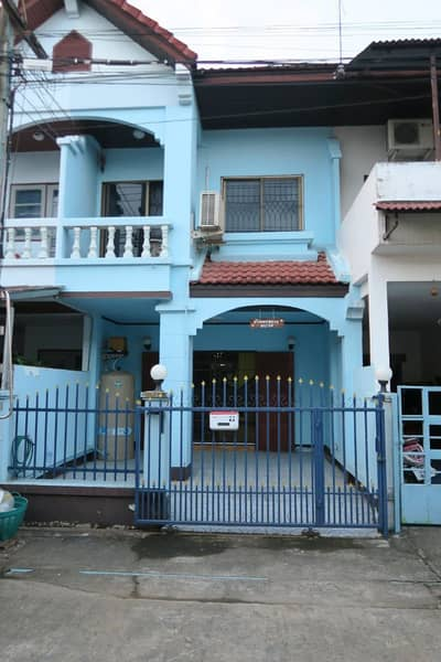 Townhouse for Sale in Mueang Chiang Mai, Chiangmai - Townhouse for sale at Baan Farang In Chiang Mai city, fully furnished, with all furniture and electrical appliances