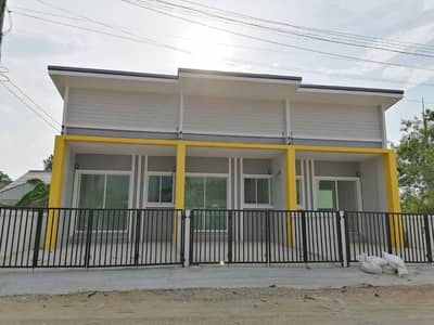 2 Bedroom Townhouse for Sale in Saraphi, Chiangmai - Very cheap sale, 1 hand townhome, Saraphi, Tha Wang Tan, behind Buak Khrok Temple, Chiang Mai