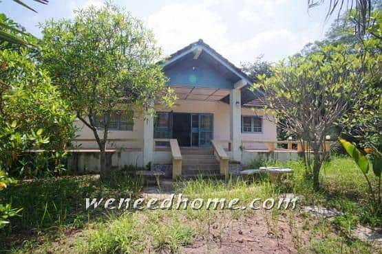 Great value single house for sale in the Korat Resort project 1-0-38 rai, good location, only 2 million, near the Korat ring