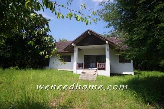 Single storey house for sale in the Korat Resort project 1-0-38 rai, good location, very cheap, only 1.9 million near the Korat ring