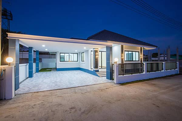 CO0655 - A house  for sale with 3 bedrooms,2 toilets and 1 kitchen.