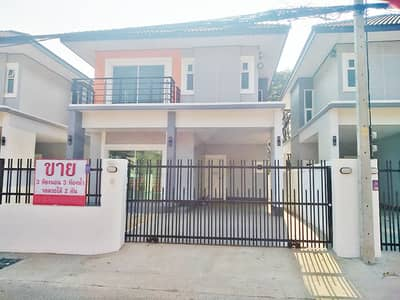 3 Bedroom Home for Sale in Mueang Udon Thani, Udonthani - 2C1MG0217  A house two storey for sale good atmosphere with 3 bedrooms and 3 toilets.