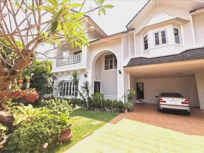 4 Bedroom Home for Rent in Mueang Chiang Mai, Chiangmai - HS302 A new English style house for rent in Chiangmai.