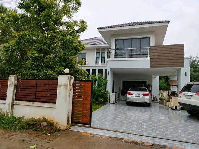 House for rent Located on Soi Poi Sian, Nong Phai Sila, next to the attorney's house.