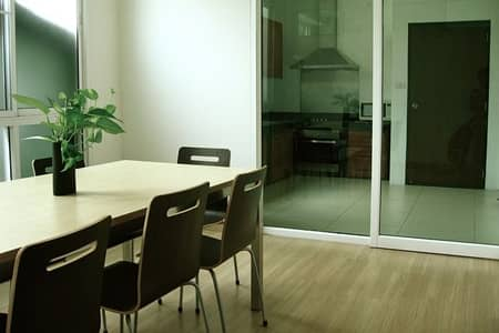 2 Bedroom Apartment for Rent in Khlong Toei, Bangkok - Apartment in Phrompong area Low rise Apartment in Phrompong area