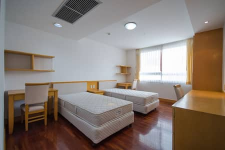 3 Bedroom Apartment for Rent in Khlong Toei, Bangkok - Apartment near BTS Prompong Station Apartment near BTS Prompong, Sukhumvit 24