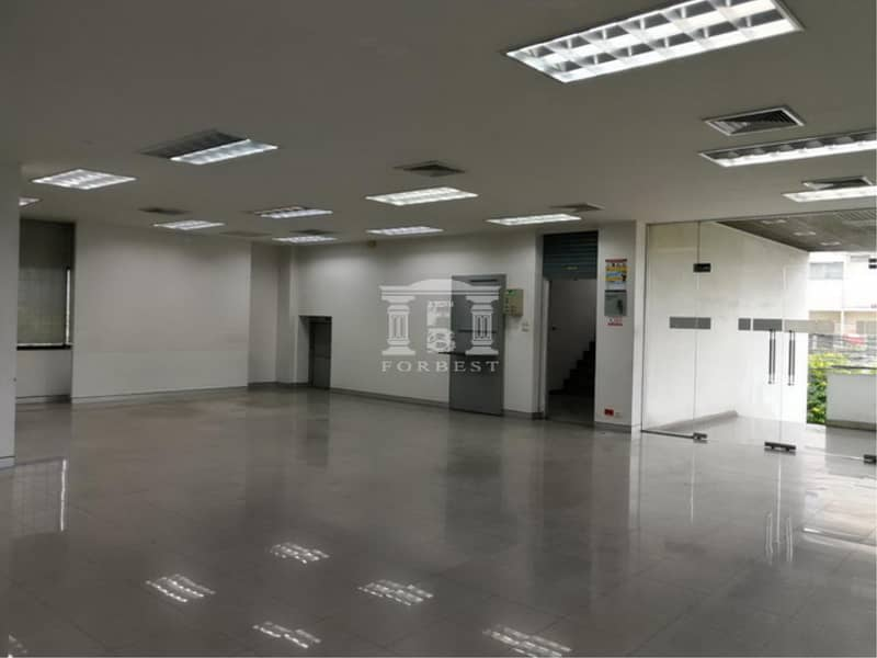 40105 Office for rent On the corner of Chan-Yen Chit Road Near Si Rat Expressway