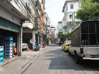 5 Bedroom Commercial Building for Sale in Bang Rak, Bangkok - 39011 - Commercial Building 4 stories On Si Phraya Road. 49 sq. w.