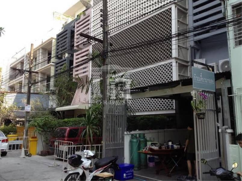 37176 -For Rent Home Office  6 stories Sukhumvit Rd. 37 sq. w.