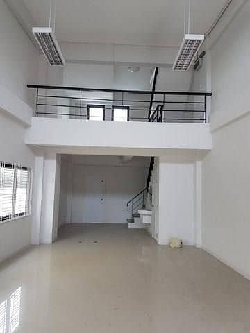 Townhome for rent 3.5 floors Chokchai 4, corner room, Soi Chokchai 4, Soi 54, suitable for home office And operate business