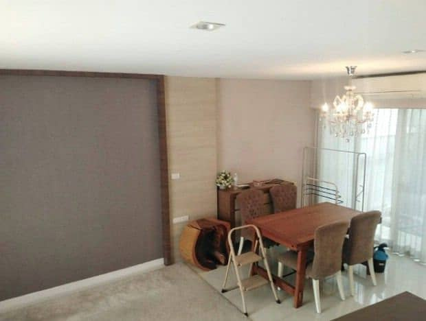 3-storey home office for rent, near MRT Lad Phrao, only 200 m. Access to Ratchadaphisek Road, Phahonyothin, Lat Phrao Road, Chatuchak, near Central Ladprao.