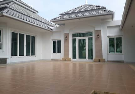 5 Bedroom Home for Sale in Mueang Chiang Rai, Chiangrai - House for sale in Mueang District, Chiang Rai Province, 3 houses, 1 rai 2 ngan, 60 square meters, price 19 million baht.