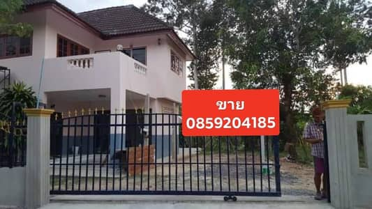 2 storey detached house for sale near Khao Yai, Nakhon Nayok Province, 3 bedrooms, 2 bathrooms, 2 large halls, 1 kitchen with an area of 231 sq m, with a good condition house