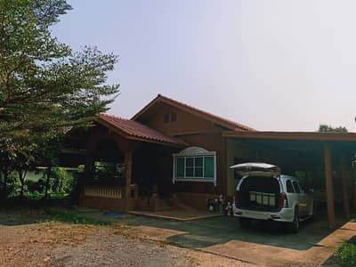 4 Bedroom Home for Sale in Ban Phaeo, Samutsakhon - House and land for sale And a certified teak house On the land of 1 rai near Ban Phaeo Hospital, Samut Sakhon