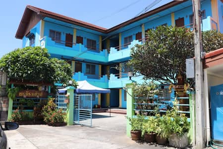 3-storey apartment for sale, Chiang Mai, 21 rooms, near Mae Jo University, area of 125 square meters.
