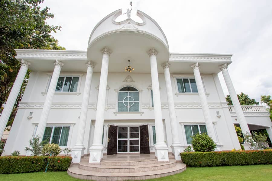 Own your own Palace in Chiang Mai!