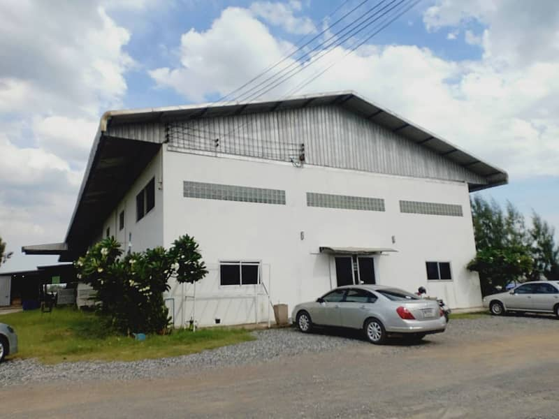Factory for sale, area 21 rai, usable area, factory building, 2,000 square meters, transformer 160 KVA, permission Ror Ngor 4, Suwinthawong Road, Khlong Udom Chonlachon, Chachoengsao