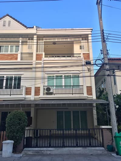 3 Bedroom Townhouse for Rent in Suan Luang, Bangkok - Townhome The Exclusive Onnut  Soi Onnut 74/3-1 For rent