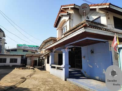 Home for Rent in Dusit, Bangkok - P17TR2004015 For rent, an old house with land in Phichai Road, 200 sq m. 65,000 baht.