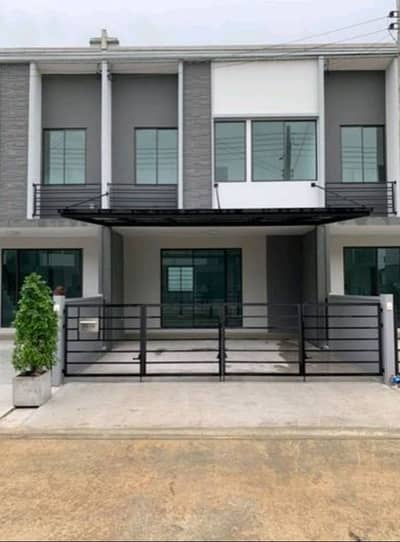 3 Bedroom Townhouse for Rent in Khlong Luang, Pathumthani - House for rent in Pleno Phaholyothin
