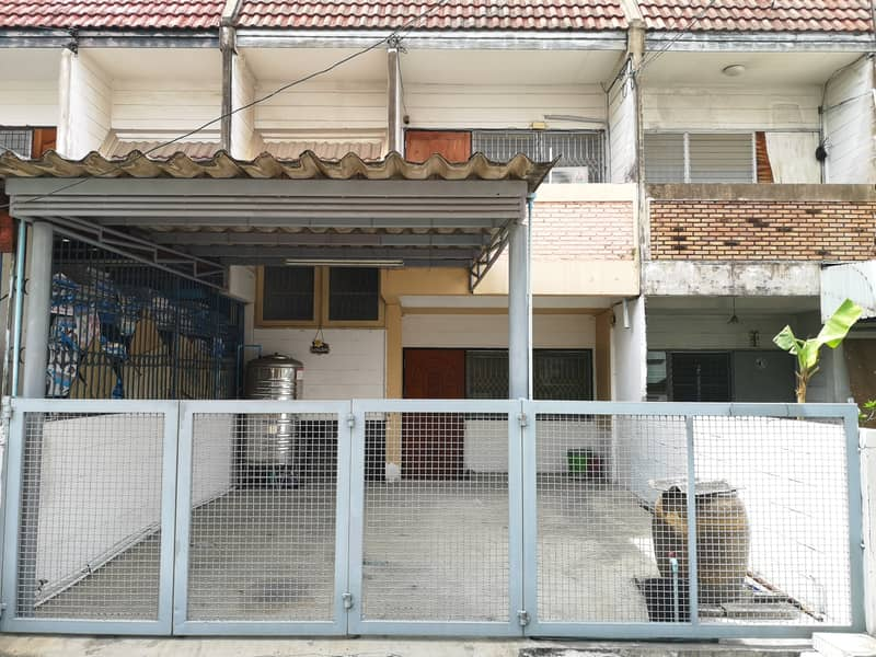 Townhouse 2 floors for rent near Bangsue Grand Station and Big C Wongsawang with air condition