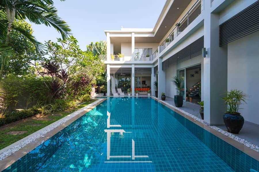 Modern Solar Powered 4 Bed Family Pool Villa in Layan For Sale (Non-Estate)