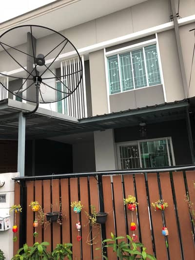 3 Bedroom Townhouse for Rent in Sam Phran, Nakhonpathom - Townhouse for rent, Pruksa Ville 77 village, next to Phutthamonthon Sai 4 main road, new house, good location, fully furnished.