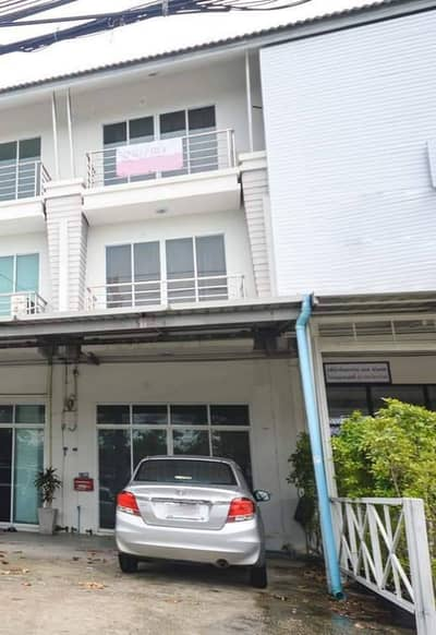 Commercial Building for Rent in Mueang Rayong, Rayong - Rented a 3-storey commercial building near Rayong, a duplex condo, Government Center, next to Sukhumvit Road, Rayong city zone