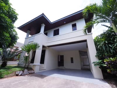 3 Bedroom Home for Rent in Mueang Khon Kaen, Khonkaen - Fully furnished home ready to move in in Raja City, a lake and garden house.